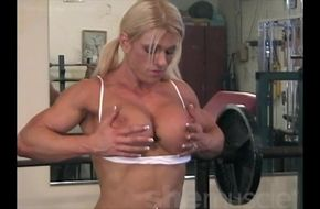 Female muscle growth hentai